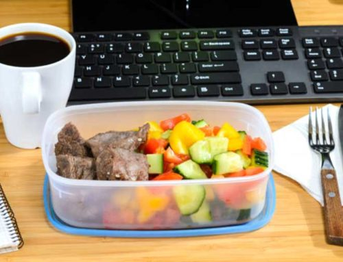 Если работник не может покинуть рабочее место, нужно ли оплачивать обеденный перерыв?